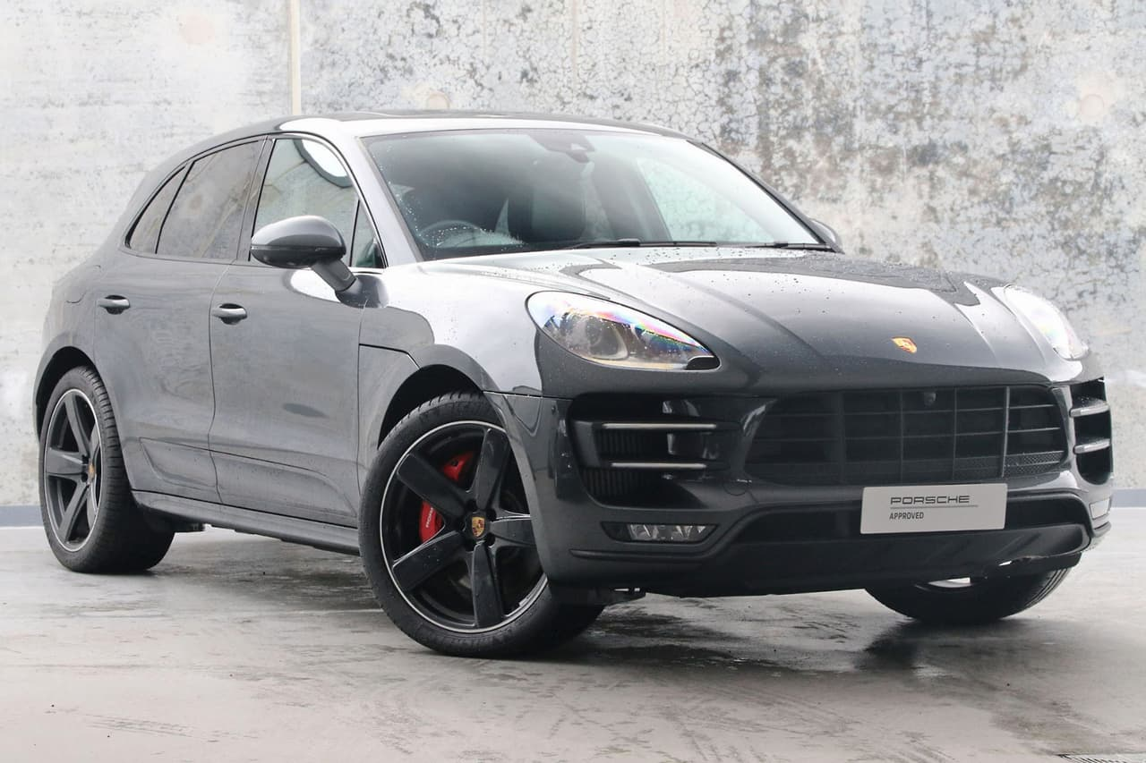 2018 PORSCHE MACAN Turbo with Performance Package WAGON